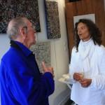 Violaine Pilzer  en grande conversation lors de son vernissage